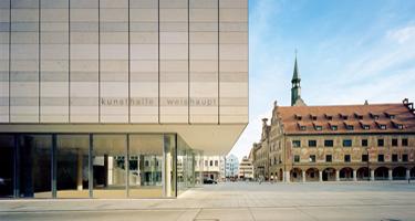 kunsthalle_außenansicht_rathaus_375px